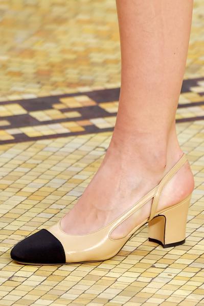 scarpe bicolore chanel lorella chinaglia